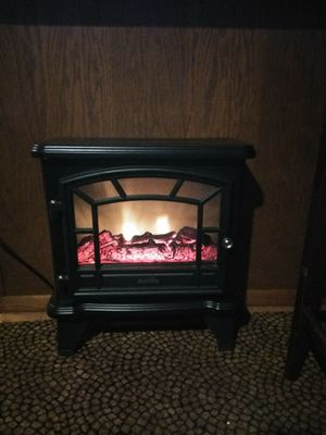 Electric fireplace foyer for Sale in Wichita, KS
