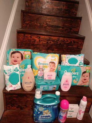 Baby bundle for Sale in Baltimore, MD