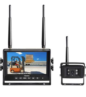 Haloview MC7101 Digital Wireless Backup Camera System Kit 7'' LCD Reversing Monitor and IP69K Waterproof Rear View Camera Built in DVR For Truck/Trai for Sale in Los Angeles, CA