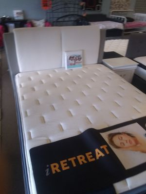 "Queen size platform bed frame with 11"" Hybrid Mattress included for Sale in Glendale, AZ"