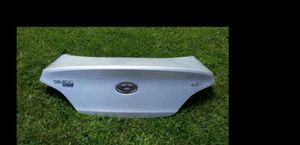 09 2010 2011 2012 2013 2014 2015 Hyundai Genisis Trunk lid for Sale in Los Angeles, CA