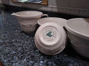 Longetburger 3 piece bowl and pancake better bowl for Sale in Billerica, MA