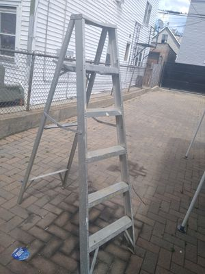 6ft ladder for Sale in Chicago, IL
