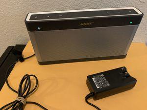bose soundlink Bluetooth speaker iii for Sale in Phoenix, AZ