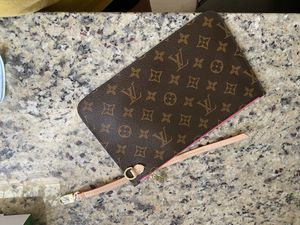 Leather Wristlet for Sale in Denham Springs, LA
