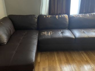 Brown Leather Sectional and Ottoman for Sale in Cleveland,  OH