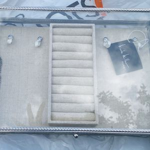 Nicole Miller home Brand new With Tag - Jewelry box Glass And Linen for Sale in Fort Lauderdale, FL