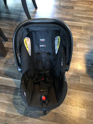 Britax infant car seat with base for Sale in Colbert, WA