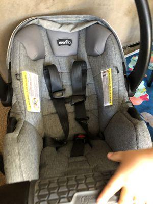 Evenflo SafeMax Infant Car Seat for Sale in Fort Rucker, AL