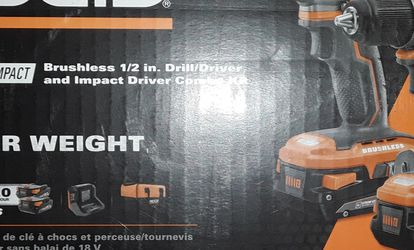 """RIDGID 18V Combo Kit 1/2 Drill Driver & 1/4"""" Impact Driver Comes With Charger And (2) Batteries 2.0 Hyper ,***NEW*** for Sale in Pawtucket,  RI"""