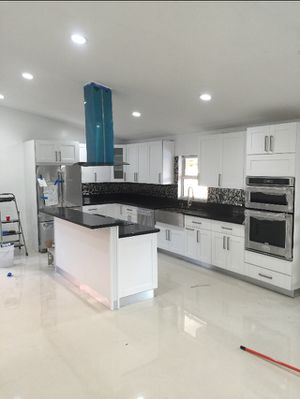 Get your beautiful modern kitchen 2020 starting price 1600 labor for Sale in Miami, FL