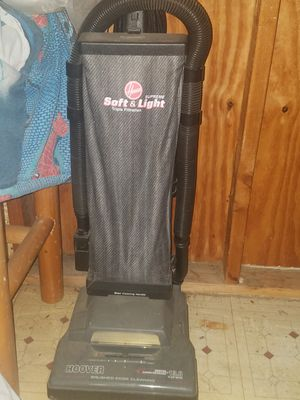 Hoover Soft & Light 12 Amp for Sale in Spring Valley, CA