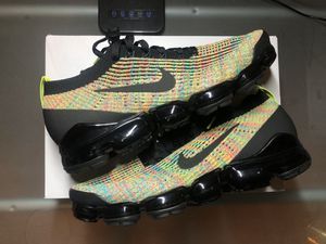 Nike Vapormax Flyknit 3 Multi Color Black Sz 11.5 ONLY 160$!! for Sale in Hayward, CA