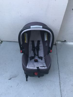 Graco infant car seat for Sale in San Diego, CA