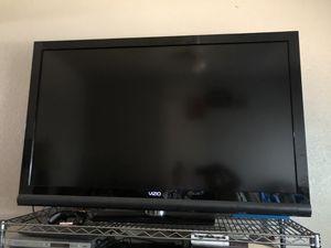 60 inch Vizio tv for Sale in Riverside, CA