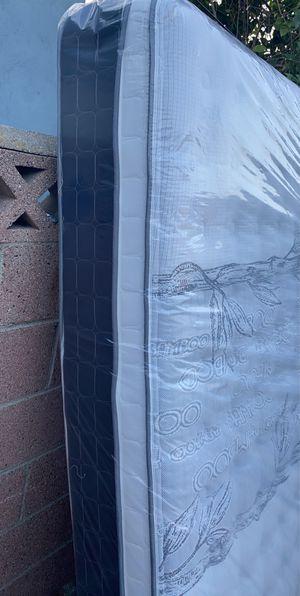 Queen size mattress set pillow top for Sale in Whittier, CA