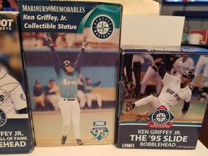 Ken Griffey Jr Collectible Statues for Sale in Marysville, WA