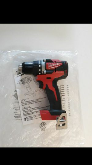 MILWAUKEE M18 BRUSHLESS CORDLESS COMPACT DRILL/DRIVER (TOOL-ONLY) 2801-20. NEW. NUEVO. for Sale in Tucker, GA