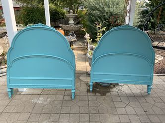 Peacock Green Antique Twin Beds for Sale in Milwaukie,  OR