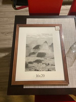 """16""""x20"""" aaronbrothers Juniper Thin frame for Sale in Sacramento, CA"""