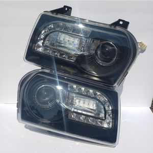 Chrysler 300 2005-2007 Projector Headlights for Sale in Phillips Ranch, CA