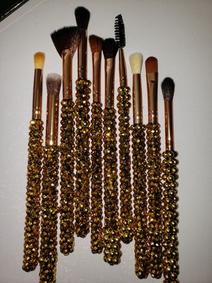 *Bling Bling * Blinged out makeup brush eye set for Sale in Dallas, TX