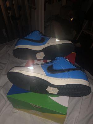 Nike sb dunk low instant skateboard for Sale in Melbourne, FL