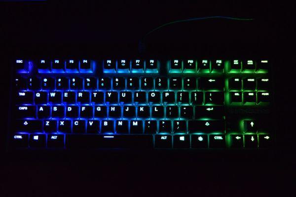 Apex 750 tkl gaming keyboard