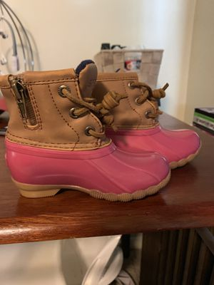 Size 6M baby girl Sperry Duckboots for Sale in Holyoke, MA