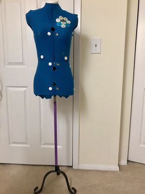Adjustable dress form female for Sale in Schaumburg, IL