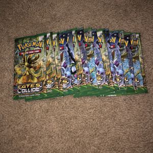 16 Pokémon Dates Collided Booster Pack for Sale in Damascus, OR