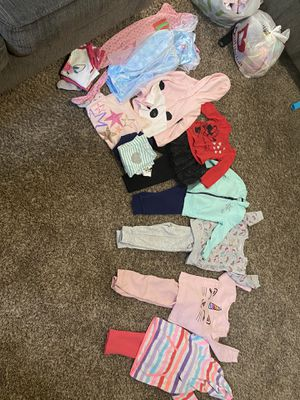 Kids clothes 2T bundle sale (only) for Sale in Fresno, CA