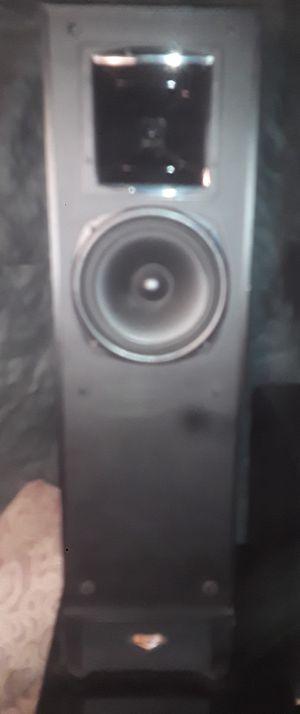 Klipsch Two Towern Speaker/ 0ne 8 Inch Sub for Sale in Denver, CO