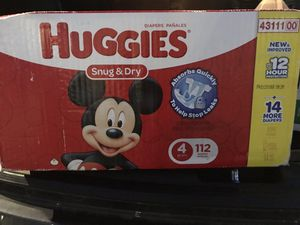 Huggies Snug&Dry size 4 for Sale in Abington, MA