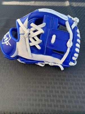 Soto baseball glove for Sale in Norwalk, CA