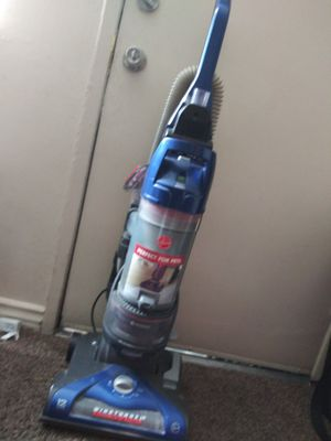 Hoover vacuum for Sale in Montclair, CA