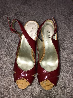 Guess women's heels size 7 red for Sale in Fayetteville, NC