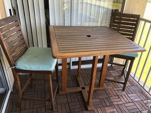 Wood patio furniture for Sale in Orlando, FL