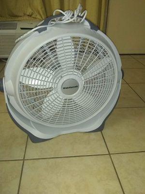 Fan for Sale in Kissimmee, FL