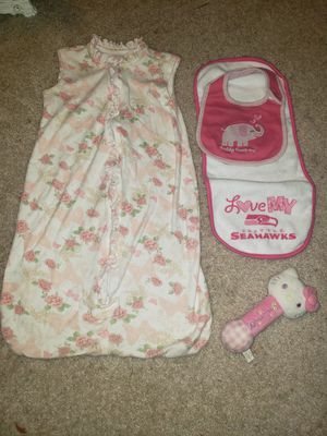 Baby girl bundle❤ for Sale in Tacoma, WA