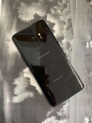 Samsung Galaxy S9 Plus - 64 GB - Factory Unlocked - Excellent Condition for Sale in Boston, MA