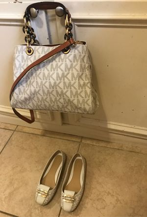 Bundle Michael Kors Ivory Purse/Flats size:7 for Sale in Springfield, MO