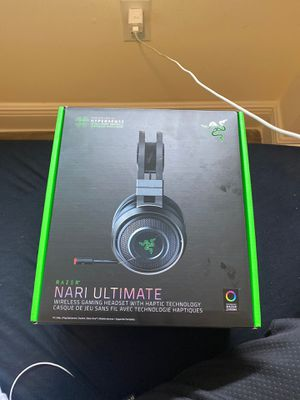 Gaming headset for Sale in Miami, FL