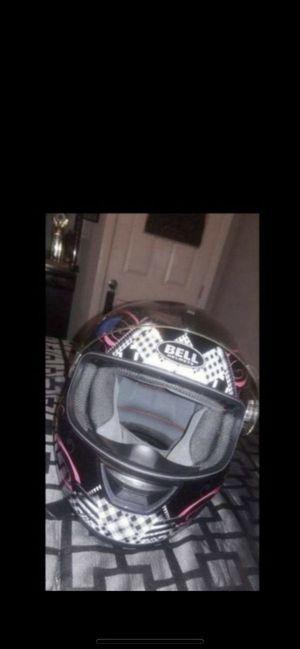 Bell motorcycle helmet for Sale in Los Angeles, CA