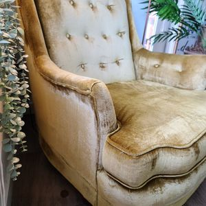 Mid Century Modern Yellow Tufted Chair for Sale in Englewood, CO