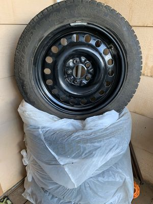 STUDDED SNOW TIRES for Sale in Black Hawk, CO