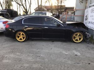 2006 Infiniti G35 (R&D) *wheels sold* w/ aft. mkt. lowering springs for parts only for Sale in Salida, CA