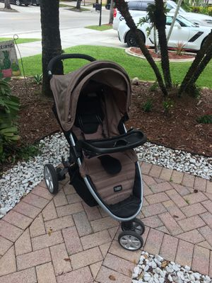 Britax B-Agile Stroller with Toddler Tray and Car Seat Adapter - $70 for Sale in Weston, FL