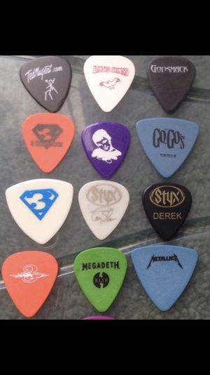 Band Concert used Guitar picks for Sale in St. Louis, MO
