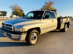 2001 Dodge Ram3500 Dually Flatbed Turbo Diesel for Sale in Universal City, TX
